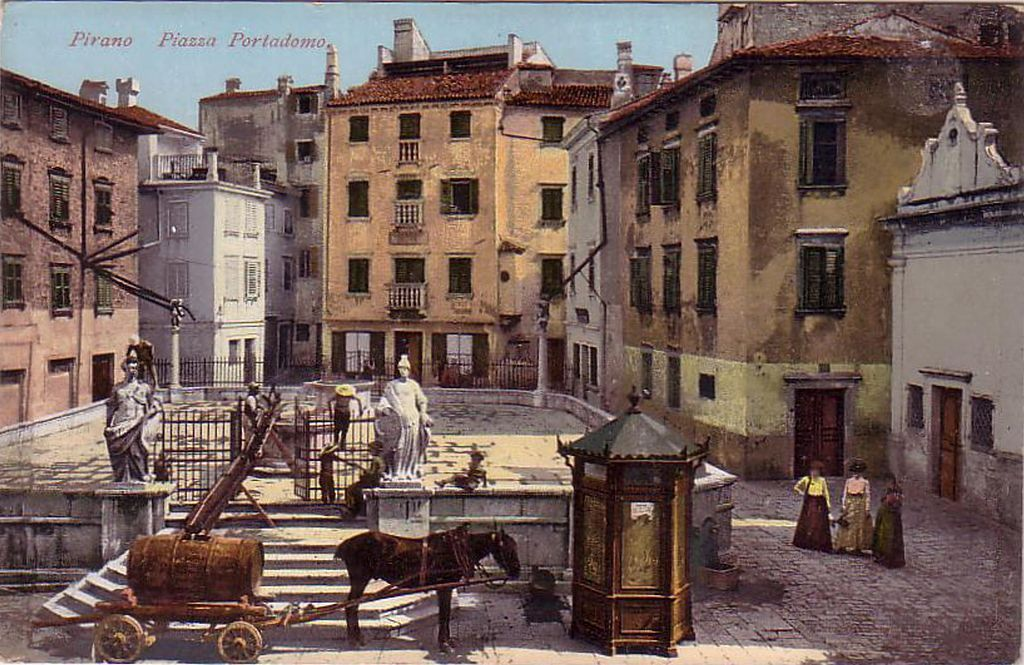 Postcard_of_Piran_1915-25.jpg