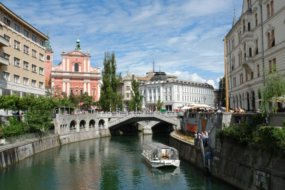 boat-on-ljubljanica-river-.jpg