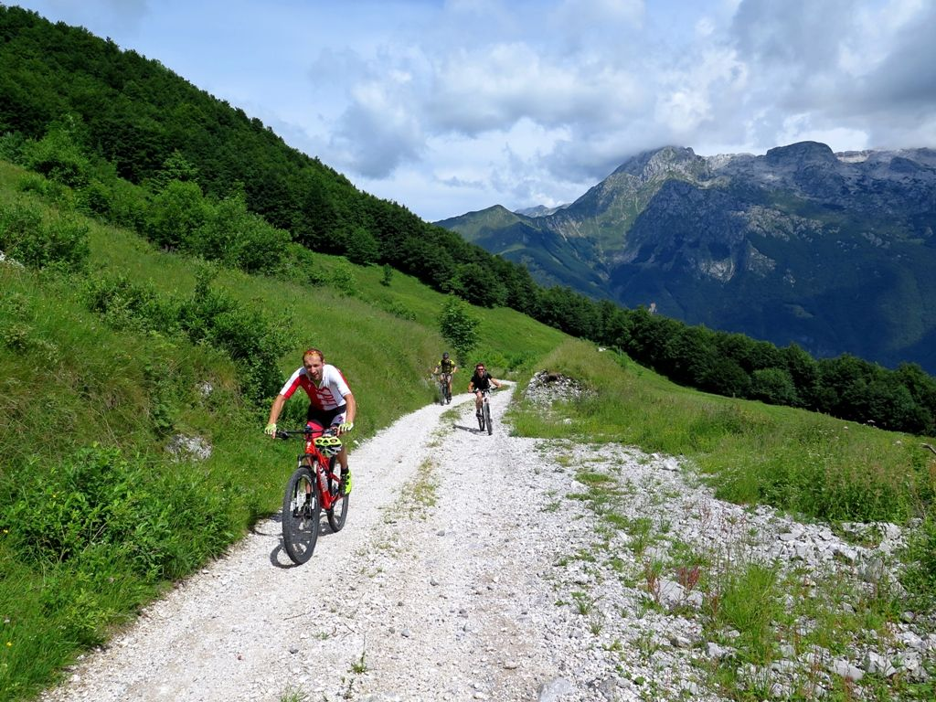 mtb-stol_mountain-biking_cycling-adventures_slovenia_kata-adventures.jpg