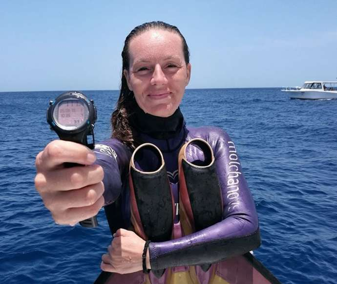 Freediving: Alenka Artnik Sets New World Record