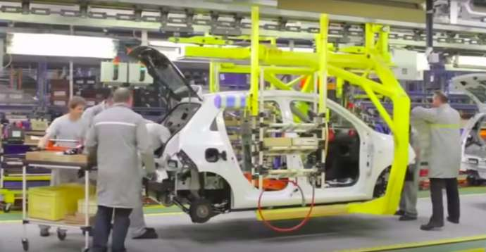 Making a Renault at Revoz