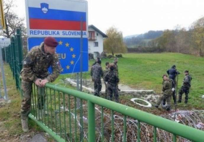 The army putting up barbed wire along the Croatian border in 2018