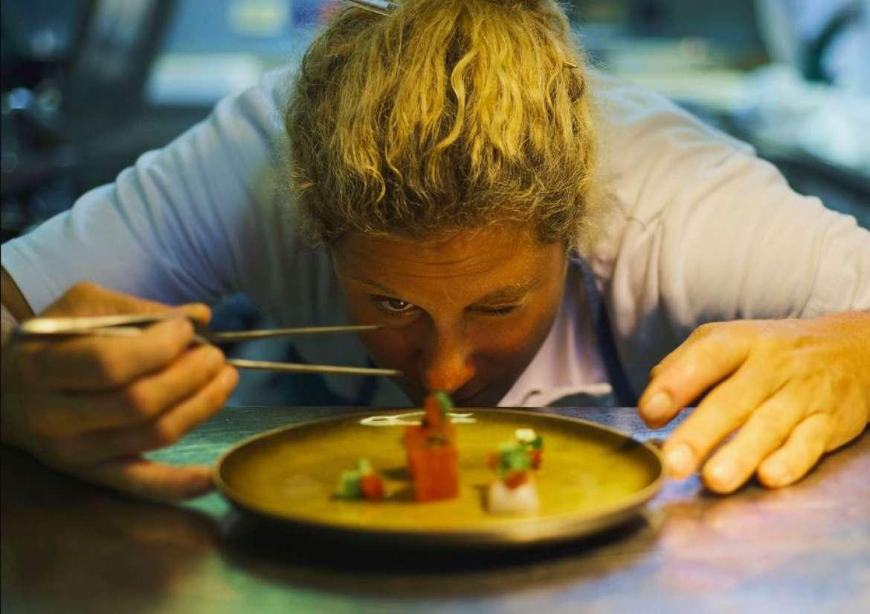 Ana Ros Videos gault&millau slovenia gives 6 restaurants 4 toques