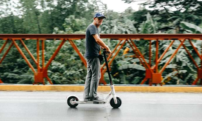 Slovenia Moves to Legalise E-scooters, Tests of Autonomous Cars