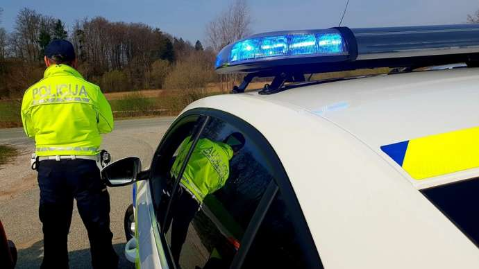 Busy Times for Police in SW Slovenia, With International Migrants & Smugglers