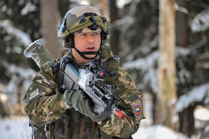 Report Claims US to End Military Training for Slovenia Due to Pro-Russian Stance