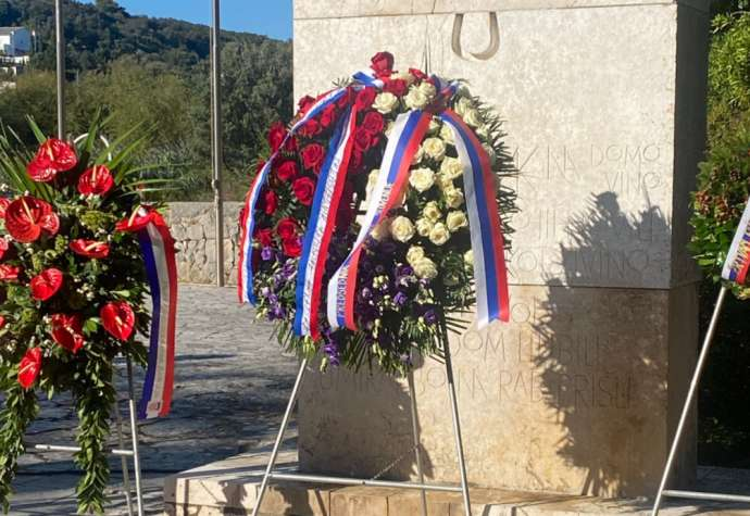 Slovenian, Croatian Presidents Honour Victims of Fascist Camp on Rab Island