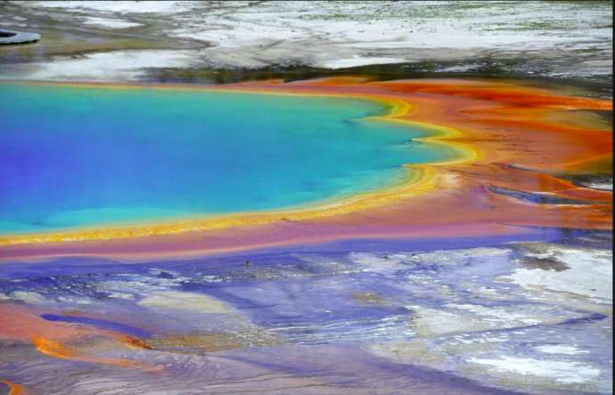 A thermal spring in Yellowstone Park